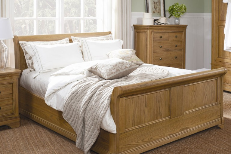 . Baker Furnishings Wakefield Sofas Chairs Dining Bedroom Furniture